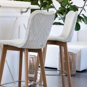 Lily-bar-stool-oak-base-LS01